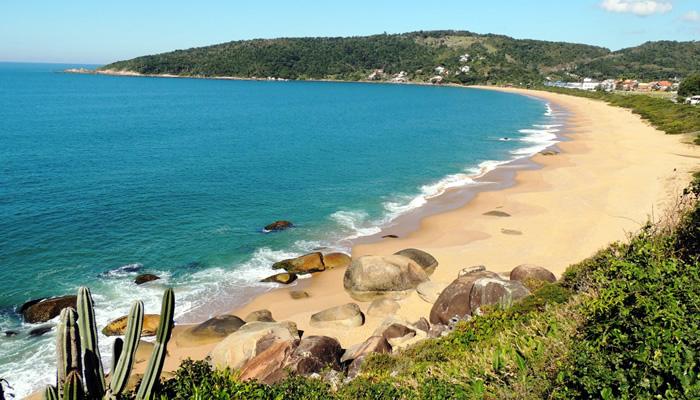 Melhores praias de Balneário Camboriú: Praia das Taquaras
