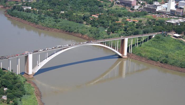 Como ir de Foz do Iguaçu para o Paraguai: Ponte da Amizade