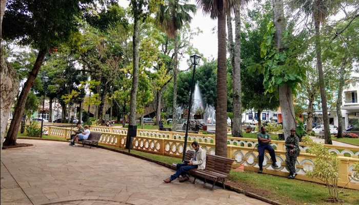O que fazer em Caxambu/MG: Praça 16 de Setembro