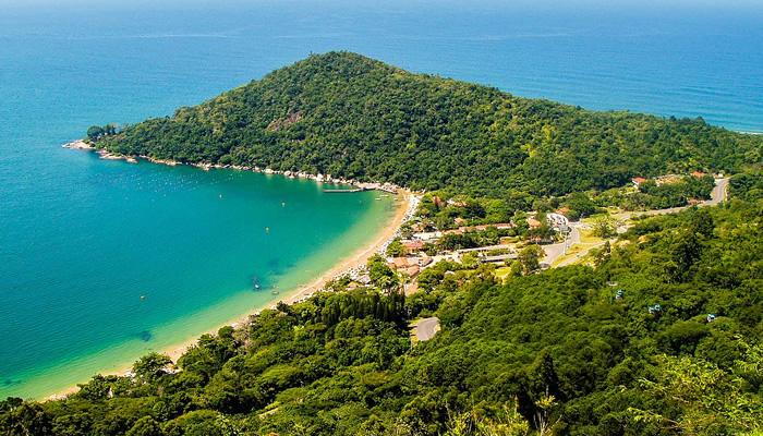 Melhores praias de Balneário Camboriú: Praia das Laranjeiras