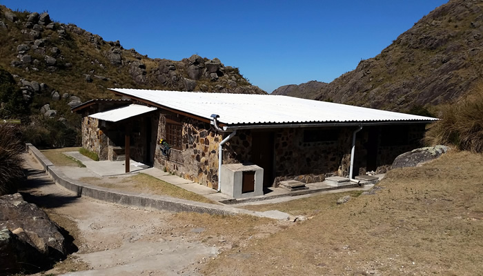 Abrigo Rebouças, no Pico das Agulhas Negras