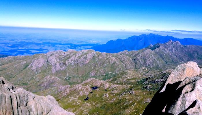 Vista do alto do Pico das Agulhas Negras