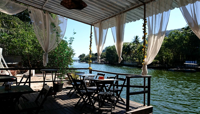 Bares e restaurantes na Ilha da Gigoia (RJ)