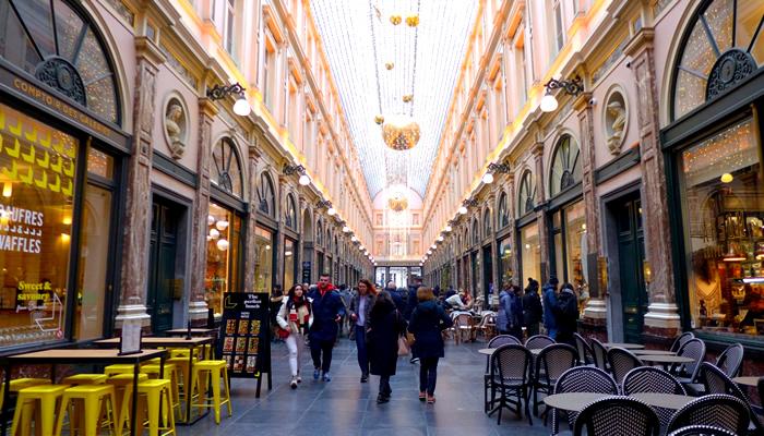 Bater perna na Les Galeries Royales Saint-Hubert