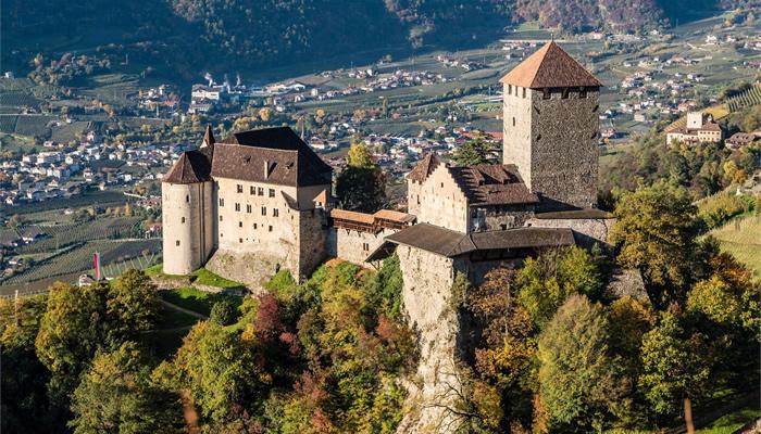Castelo do Tirol