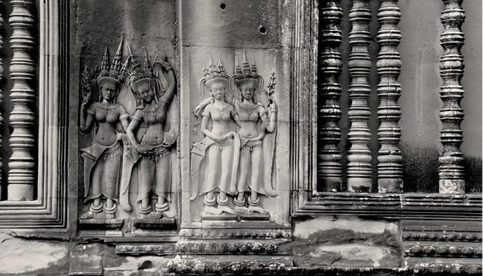Templo de Angkor Wat (Camboja): Devatas nas paredes do templo