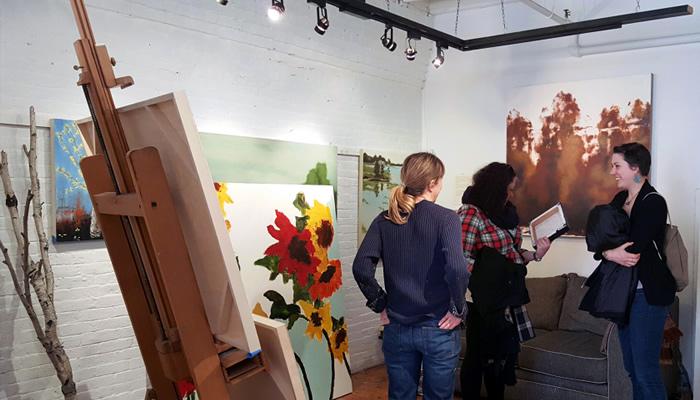 Encontre artistas no SoWa First Fridays