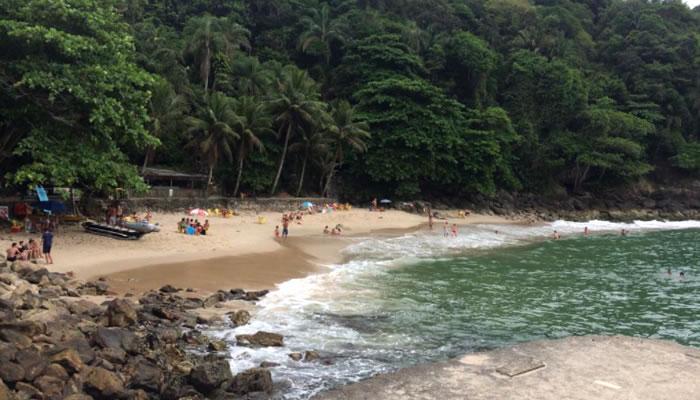 Infraestrutura da Praia do Éden, em Guarujá (SP)