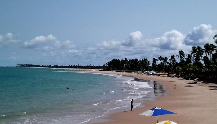 As melhores praias de Camaçari: Praia de Guarajuba