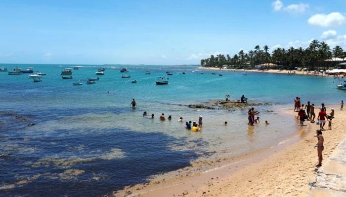 As melhores praias de Camaçari: Praia do Forte
