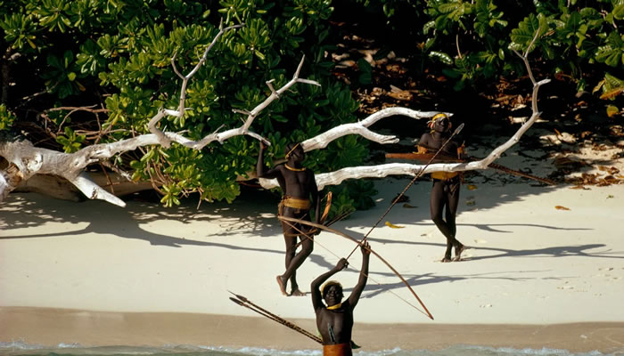 Ilha Sentinela do Norte (North Sentinel Island) – Ilhas Andaman