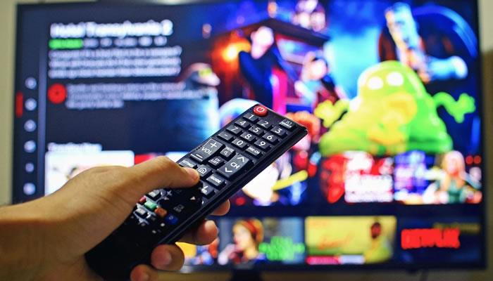 Assista a filmes, séries e documentários