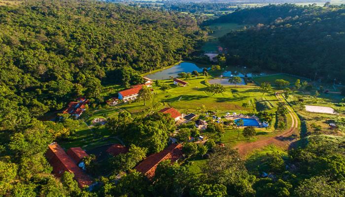 Hotel Fazenda Vale das Cachoeiras – 160km de Goiânia